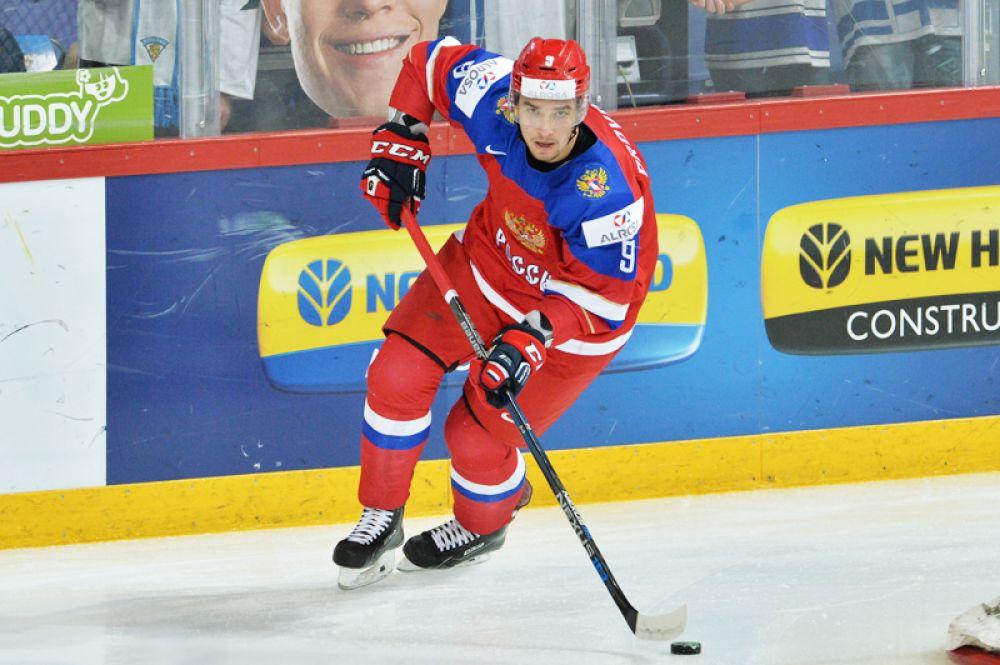 Остается добавить, что столь юного «оборонца» сборная России не призывала в свои ряды с 2010 года.