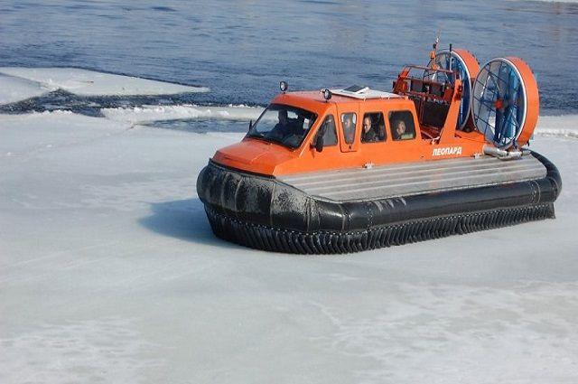На Ямале закрылась переправа через реку Обь.