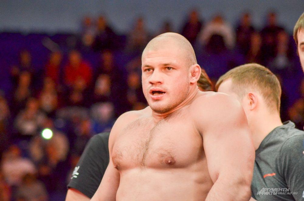 Екатеринбургски боец MMA и чемпион России по самбо Иван Штырков.