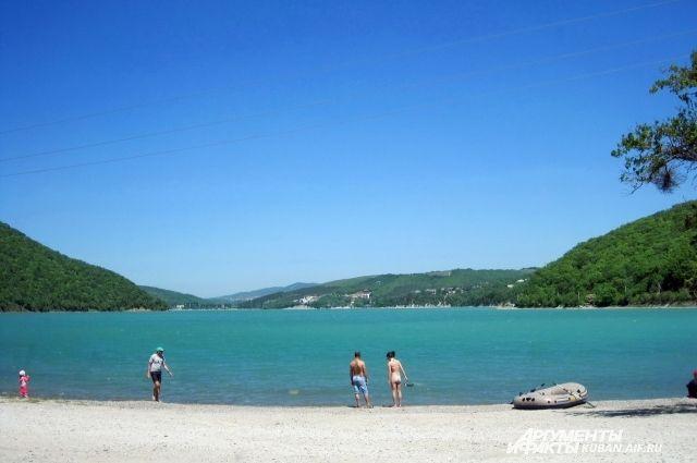 Правительственная комиссия одобрила введение курортного сбора вРФ