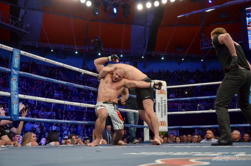 Иван Штырков против Филипа де Фрайса.