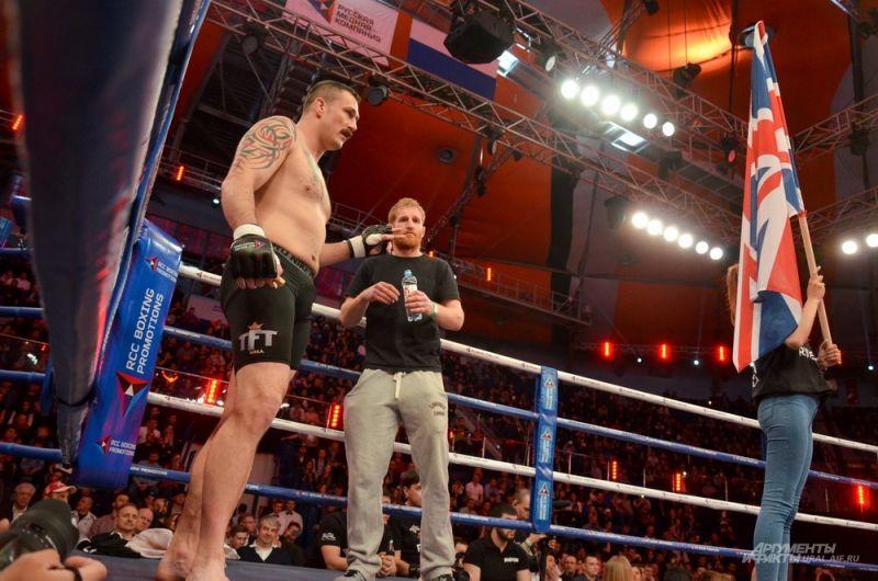 Великобританский боец MMA Филип де Фрайс.