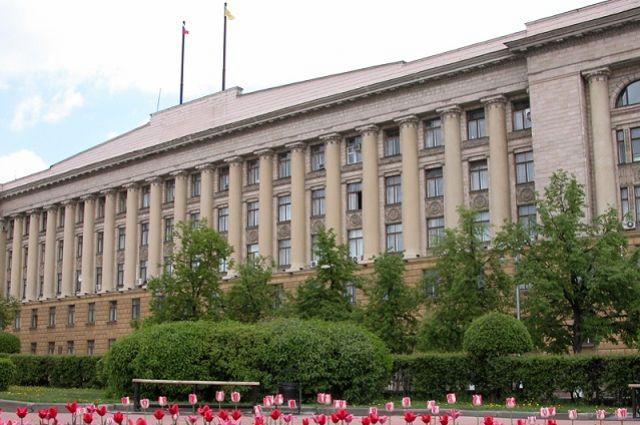 Губернатор Иван Белозерцев сказал, сколько заработал загод
