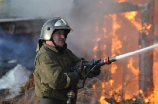 В результате пожара 7 семей лишились крова.