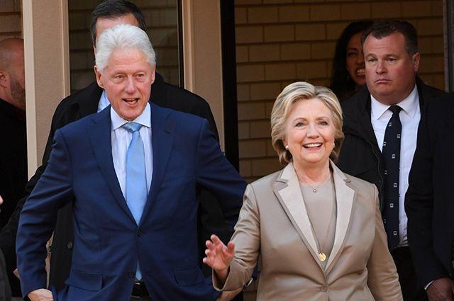 Билл Клинтон пишет роман овымышленном президенте США