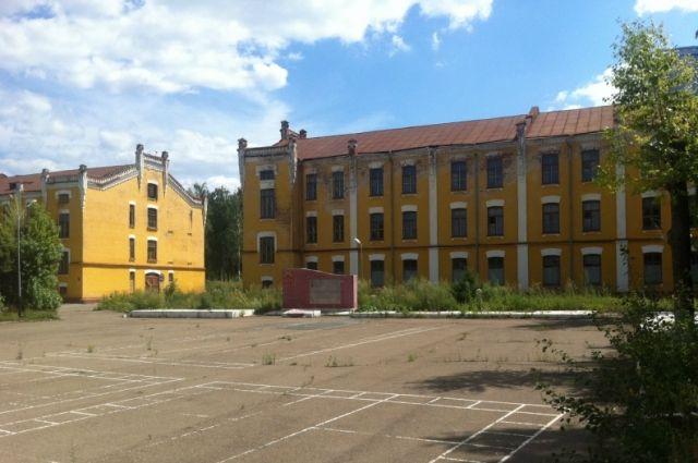 ВКазани горело строение прежнего Артиллерийского училища