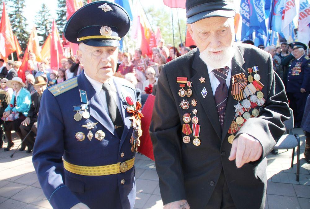 Ветераны ВОВ также приняли участие в праздничнике.