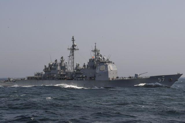 ВЯпонском море столкнулись крейсер ВМС США июжнокорейское рыбацкое судно