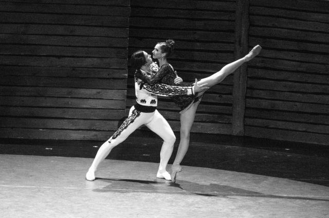 Сцены из балета «Кармен-сюита» Нина Аловерт снимала во Владивостоке 30 апреля.