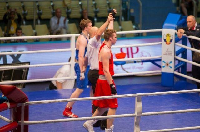 Юниоры из Оренбуржья завоевали «золото» Первенства России по боксу