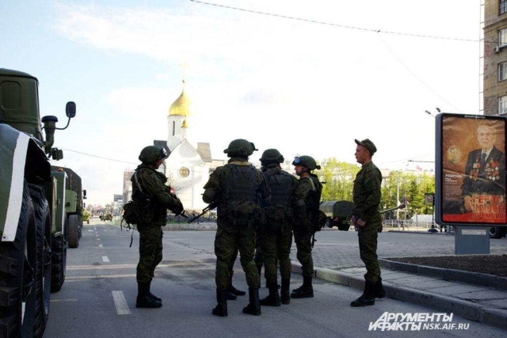 Военные готовятся к параду