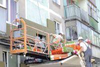 На некоторых объектах работы по утеплению фасадов уже близки к завершению.