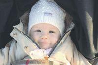 Есения растёт очень радостным и любознательным ребёнком, но ей очень нужна ваша помощь.