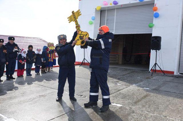 В Тазовском районе у пожарных появилось новое здание.