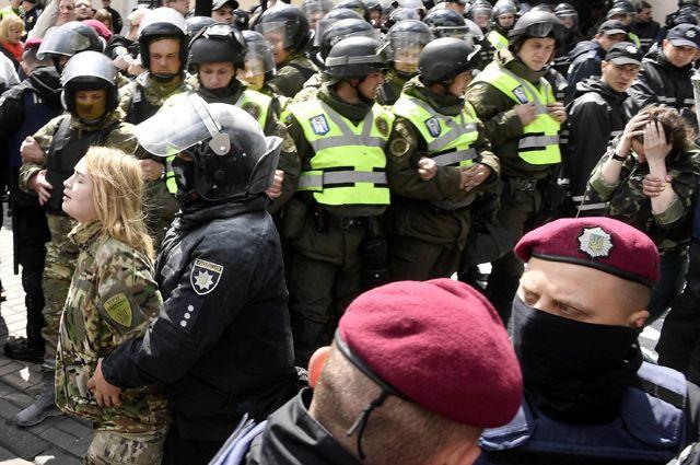 Битва за Днепр. Как День Победы в Днепропетровске посеял панику в Киеве