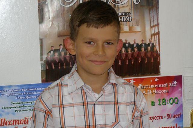 Многие помнят трогательное выступление Миши на Всероссийском открытом конкурсе юных талантов «Синяя птица».