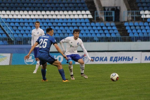 Футболисты «Балтики» в Воронеже обыграли местный «Факел».