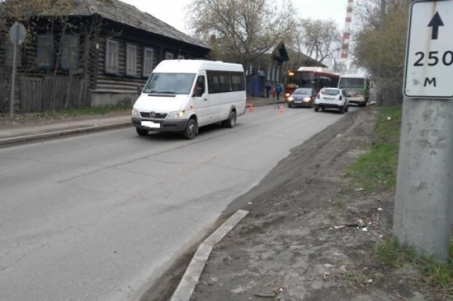 ВПерми микроавтобус сбил ребенка