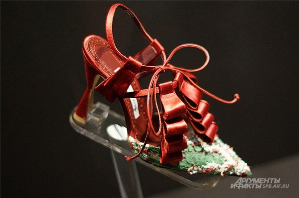 Обувь от Бланика стоит до 4 тысяч долларов за пару.