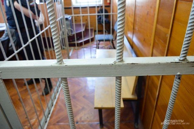 Женщину взяли под стражу в зале суда.