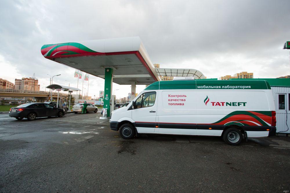 """На АЗС """"Татнефть"""" продается бензин татарстанского производства."""