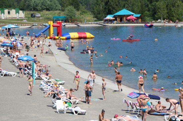 Озеро в особой экономической зоне.