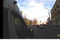ДТП с маршруткой и троллейбусом в Иркутске.