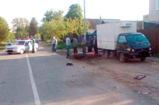ВБелгородской области мотоциклист врезался виномарку и скончался оттравм