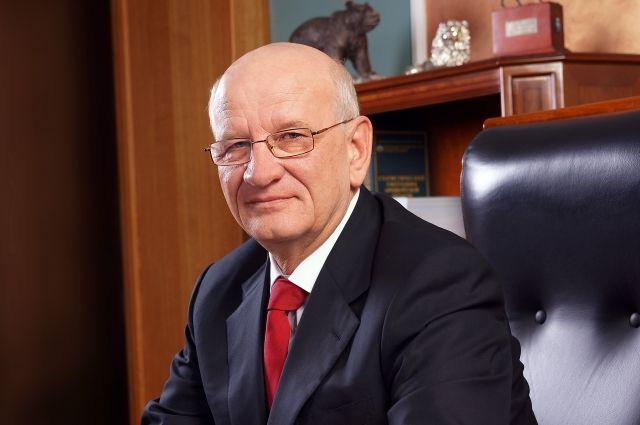 Александр Бречалов занял восьмое место вмедиарейтинге губернаторов