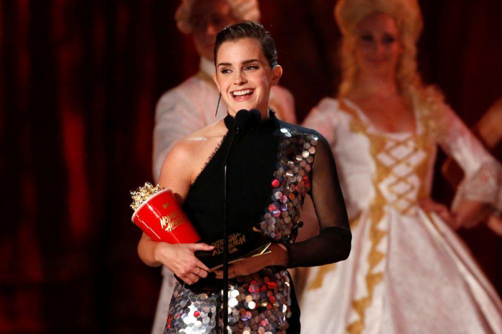 7 мая. В Лос-Анджелесе прошла 26-я церемония вручения кинонаград канала MTV. Лучшей актрисой была названа Эмма Уотсон за роль в мюзикле «Красавица и чудовище».