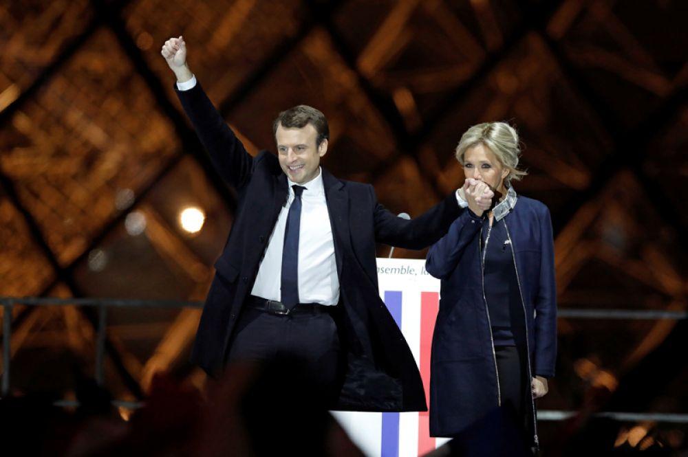 7 мая. Во Франции состоялся второй тур президентских выборов. Победу одержал Эммануэль Макрон, набрав 66,06% голосов.