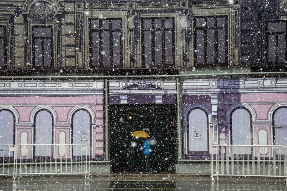 8 мая. Снегопад в Москве.