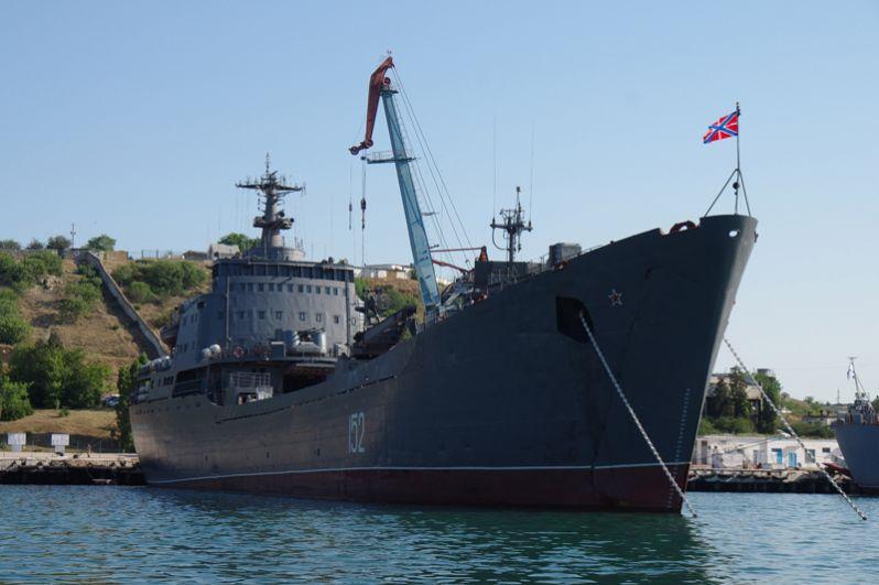 Большой десантный корабль «Николай Фильченков».