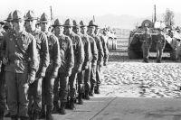 Владимир Сварцевич вместе с первыми подразделениями советских войск проделал 600-километровый путь из афганского города Джелалабад на границе с Индией до узбекского города Термез на государственной границе СССР.