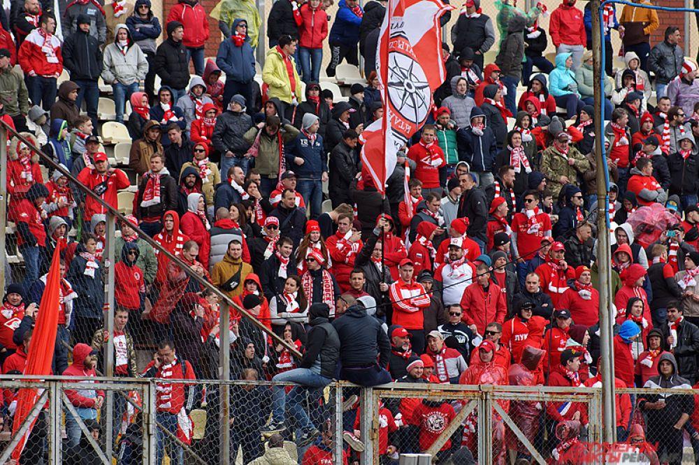 Матч между пермским «Амкаром» и столичным «Спартаком» состоялся на стадионе «Звезда» в субботу, 13 мая.