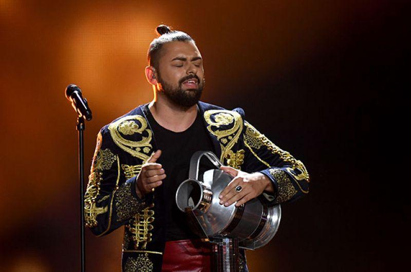 Участник из Венгрии Йоци Папай занял восьмое место. Он исполнил песню «Origo» («Источник»).