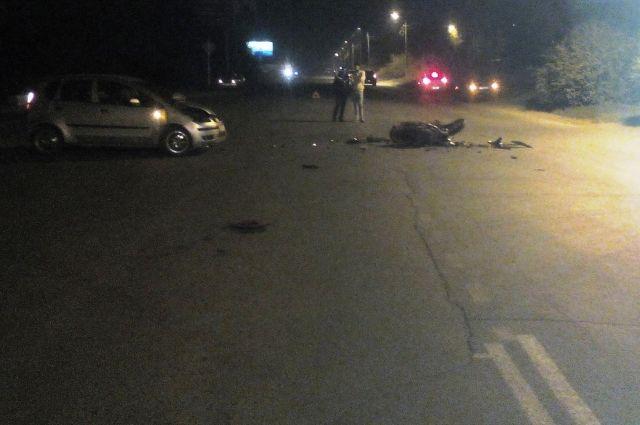 Мотоциклист погиб в страшной аварии в Тюмени