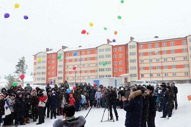 Надымчане празднуют новоселье в микрорайоне Олимпийский.