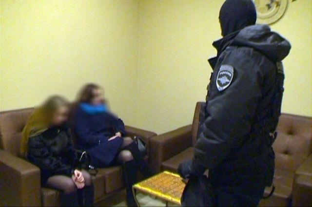 Обвиняемые ворганизации занятия проституцией смоляне предстанут перед судом