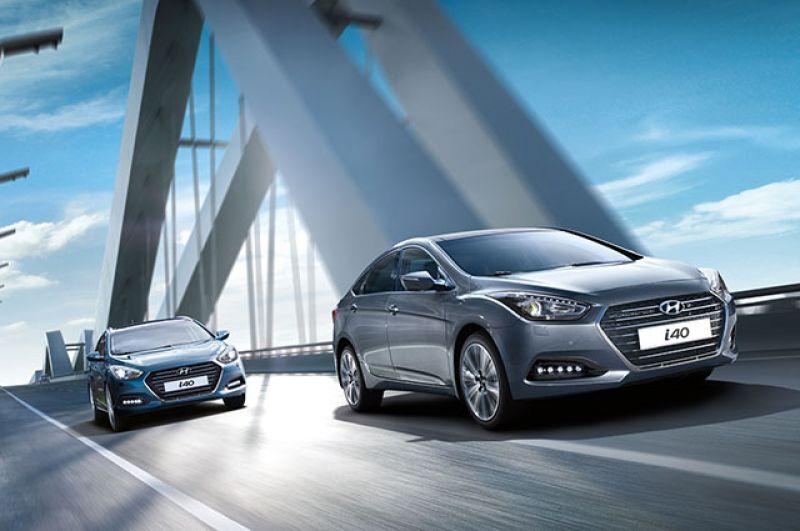 Корейские седаны Hyundai i40 тоже получат льготное кредитование. Цена на наиболее ходовые комплектации с 2,0-литровым 150-сильным силовым агрегатом и с 6-диапазонным автоматом начинается от 1 224 000  рублей, а значит, часть процентной ставки субсидирует государство.