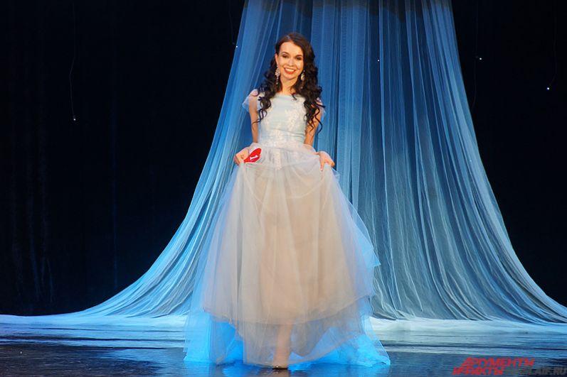 Всего в гала-концерте приняли участие 22 девушки из более чем 20 российских городов.