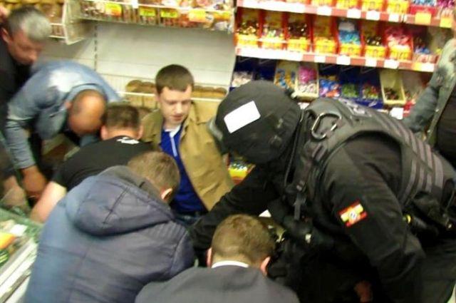 ВКурске 41-летний наркоман вмагазине взял взаложницы продавщицу