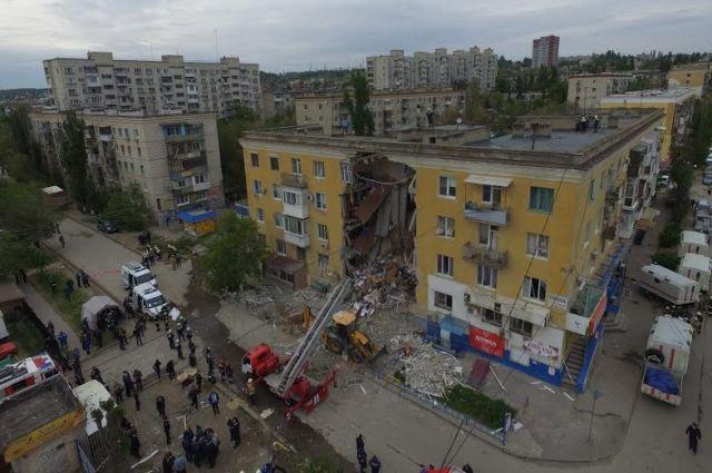 ВВолгограде начат разбор завалов наместе взрыва вжилом доме