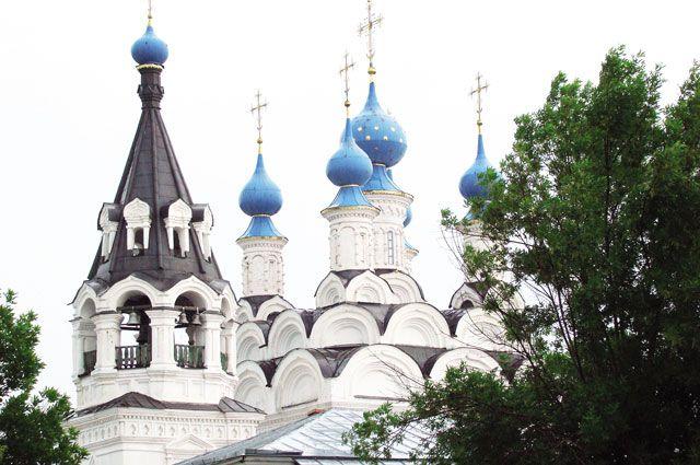 В 1994 году  Виленский крест вернулся в возрождённый Троицкий храм.