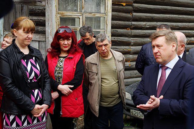Мэр встретился с жильцами ветхих домов