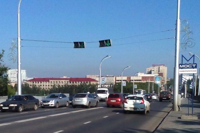 В Кемерове на Университетском мосту изменят время работы реверсивного движения.