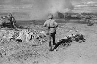 Архивное фото боя под Ржевом, 1942 год.