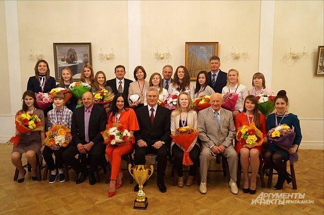 Чествование серебряных призеров чемпионата России по мини-футболу.