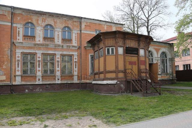 Власти Гусева решили устроить ЗАГС в довоенном здании офицерское казино.