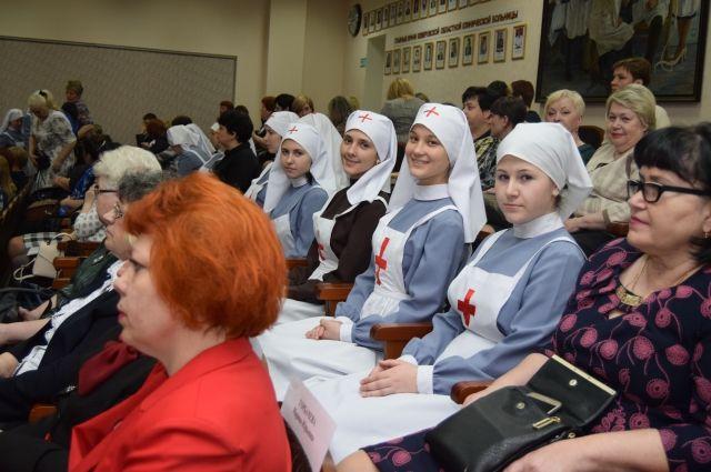 Кузбасских медсестер поздравили с профессиональным праздником.